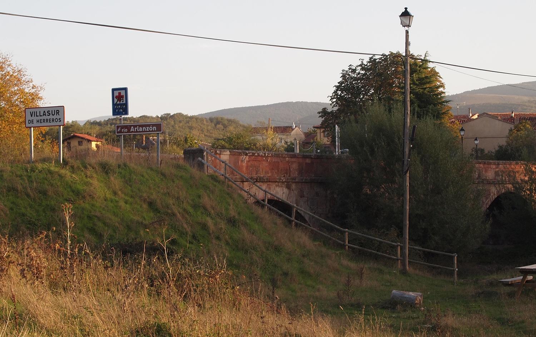 Puente romano en Villasur de Herreros